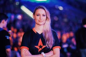 Mia Stellberg Esports